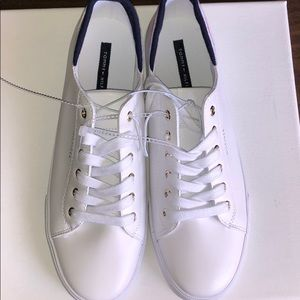 TWLOU Tommy Hilfiger Women's Sneakers Sz 10 🌿